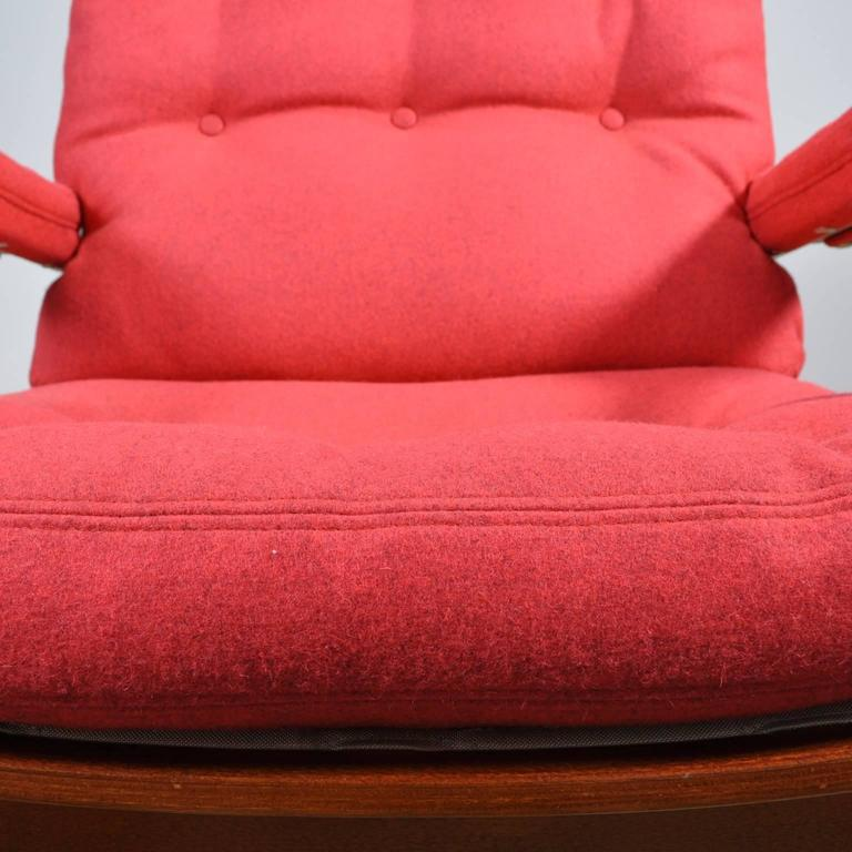 Mid-20th Century Red Bruno Mathsson Ingrid Chair in Woollen Felt Fabric Made by DUX For Sale