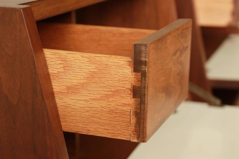 Merton Gershun Mid-Century Modern Walnut Nightstands For Sale 2
