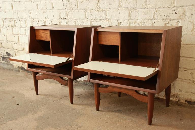 20th Century Merton Gershun Mid-Century Modern Walnut Nightstands For Sale