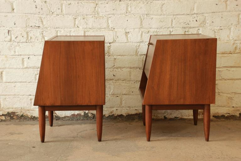 Brass Merton Gershun Mid-Century Modern Walnut Nightstands For Sale