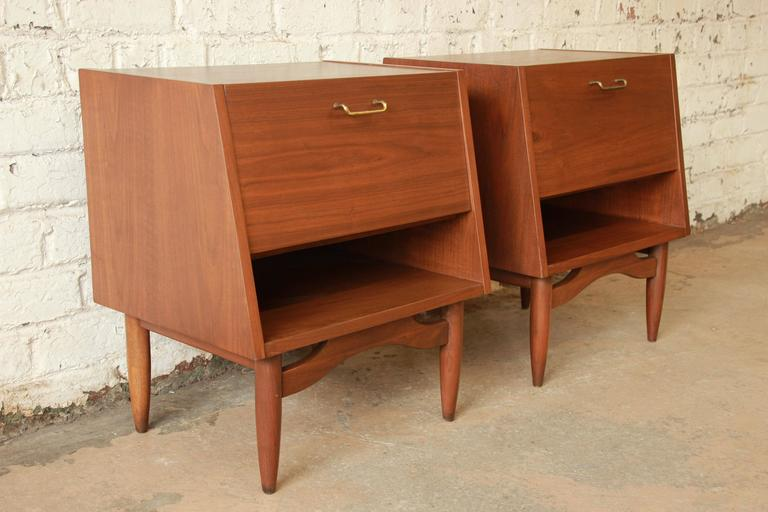 Pair of Mid-Century Modern nightstands designed by Merton Gershun for the