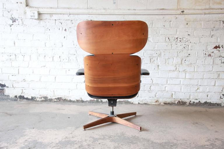 George Mulhauser For Plycraft Mister Lounge Chair And