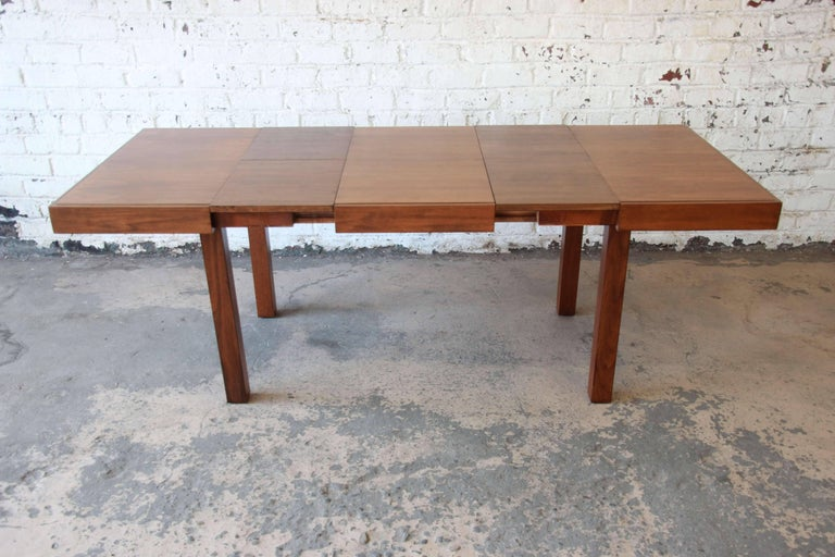 Mid-Century Modern Early George Nelson for Herman Miller Walnut Extension Dining Table For Sale