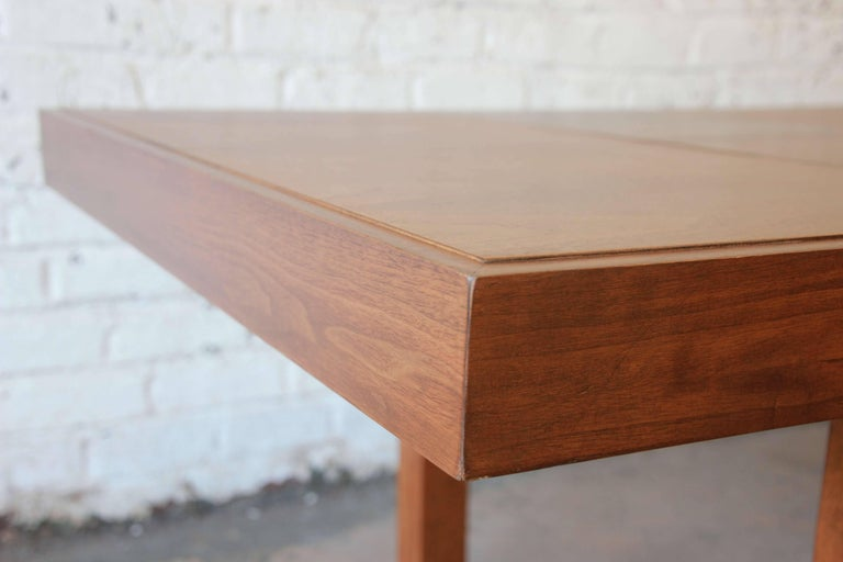 Early George Nelson for Herman Miller Walnut Extension Dining Table For Sale 4