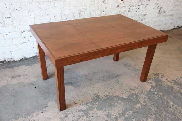 Early George Nelson for Herman Miller Walnut Extension Dining Table For Sale 1
