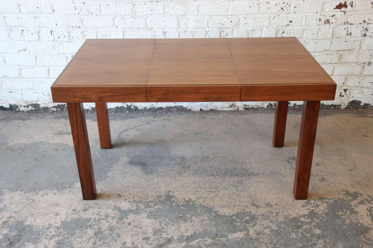 Early George Nelson for Herman Miller Walnut Extension Dining Table For Sale 2