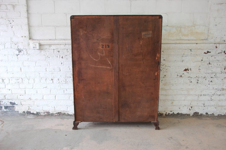 Antique Carved Oak Bookcase with Leaded Stained Glass Doors, circa 1900 For Sale 4