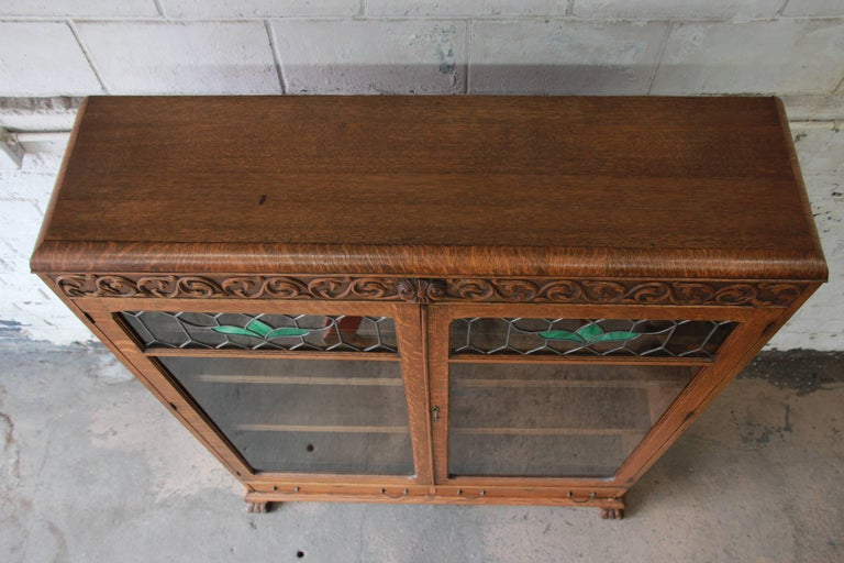 Antique Carved Oak Bookcase with Leaded Stained Glass Doors, circa 1900 For Sale 3
