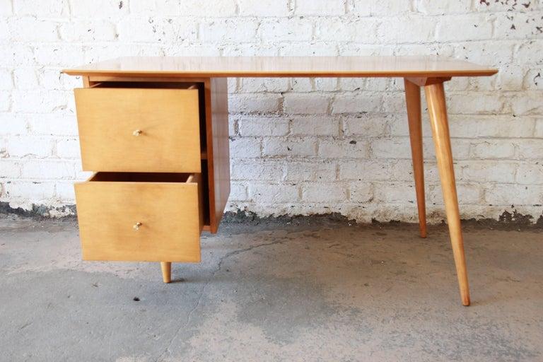 Paul McCobb Mid-Century Modern Planner Group Desk, 1950s For Sale 1