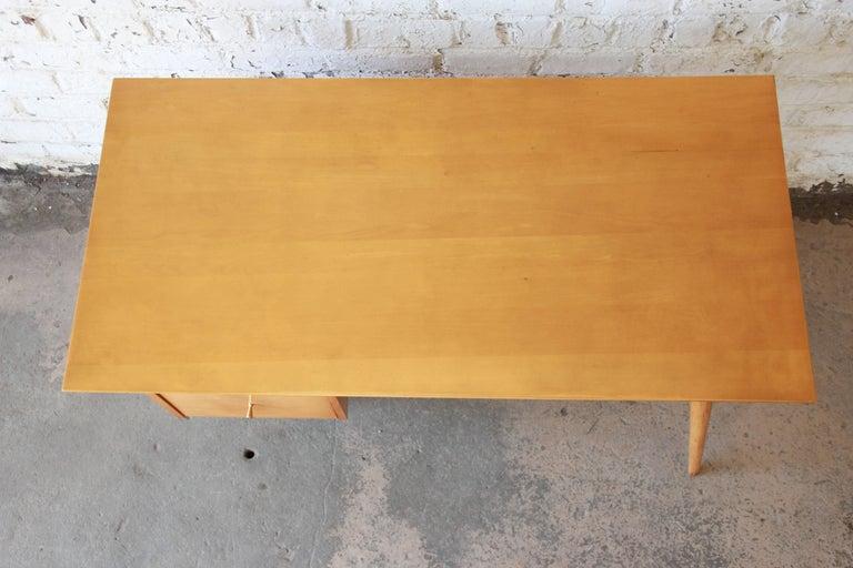 Brass Paul McCobb Mid-Century Modern Planner Group Desk, 1950s For Sale