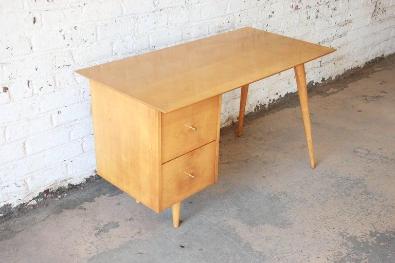 Mid-20th Century Paul McCobb Mid-Century Modern Planner Group Desk, 1950s For Sale
