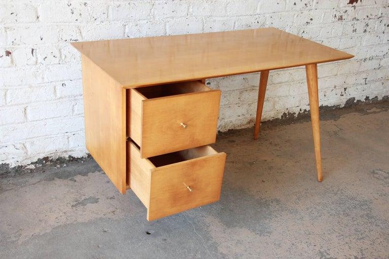Paul McCobb Mid-Century Modern Planner Group Desk, 1950s For Sale 2