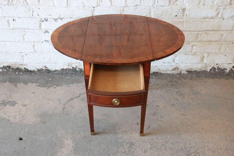 Baker Furniture Mahogany and Inlaid Satinwood Drop-Leaf Side Table For Sale 2