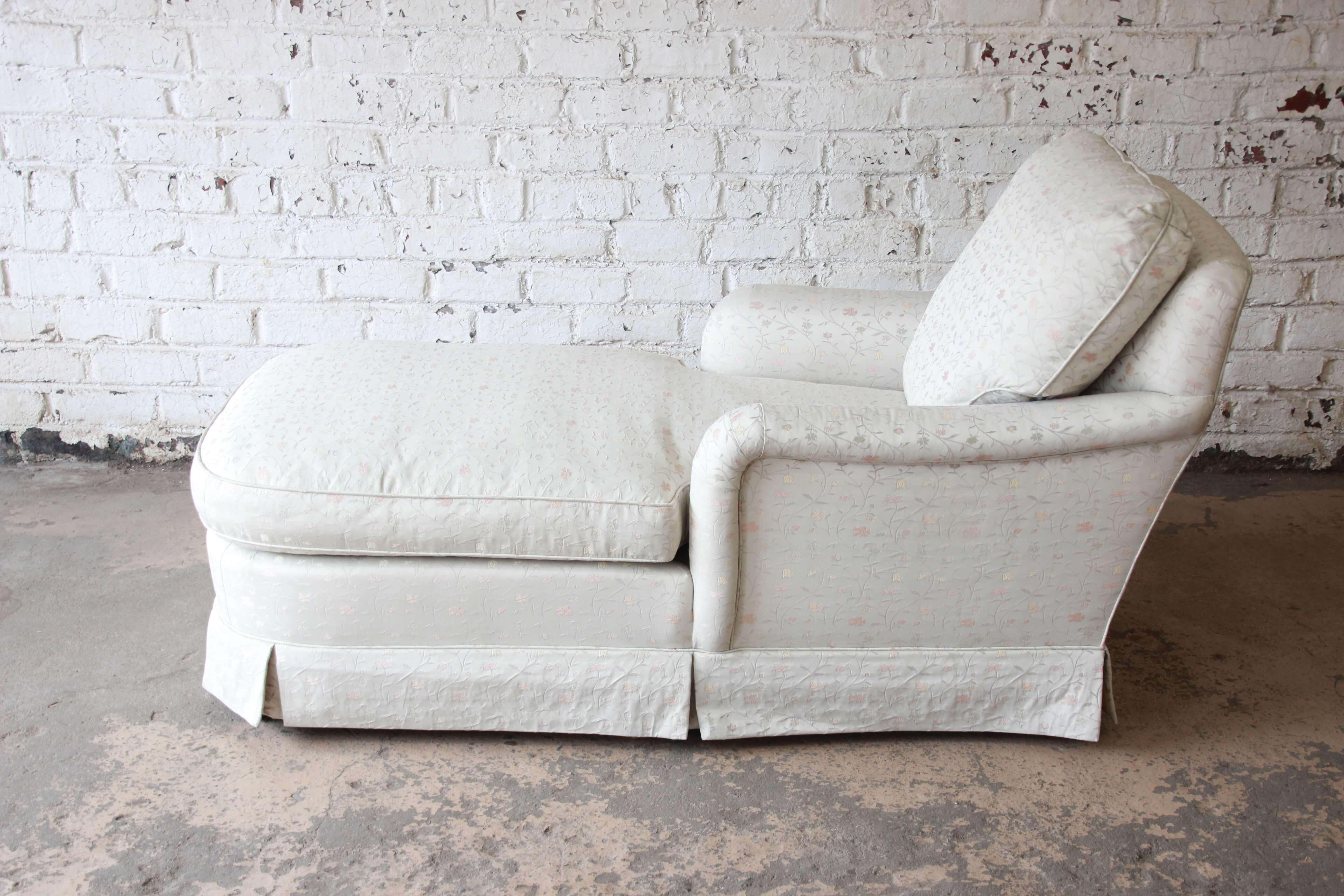 Offering A Very Beautiful Vintage Baker Furniture Chaise Longue Chair. The  Chair Has A Very