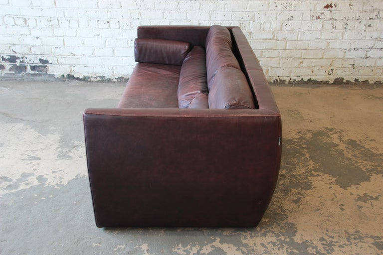 Roche Bobois Bauhaus Style Leather Sofa, 1970s For Sale 1