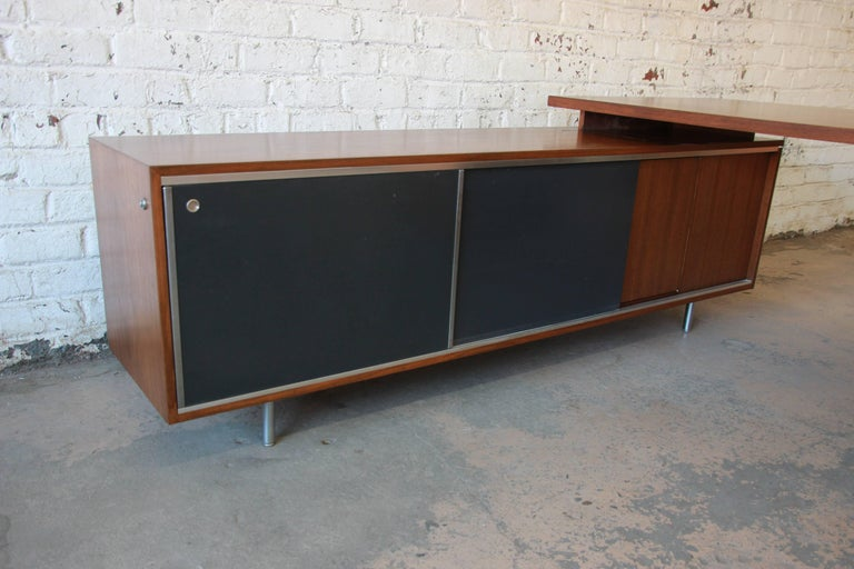 George Nelson for Herman Miller L-Shaped Executive Desk, 1950s In Excellent Condition For Sale In South Bend, IN