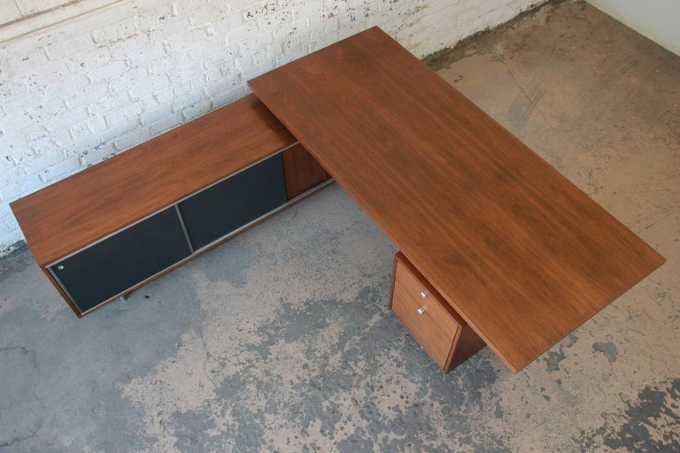 Metal George Nelson for Herman Miller L-Shaped Executive Desk, 1950s For Sale