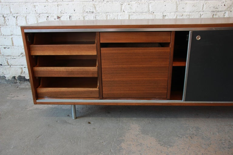 George Nelson for Herman Miller L-Shaped Executive Desk, 1950s For Sale 2
