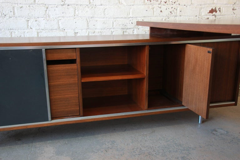 George Nelson for Herman Miller L-Shaped Executive Desk, 1950s For Sale 5