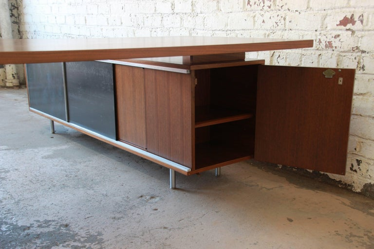 George Nelson for Herman Miller L-Shaped Executive Desk, 1950s For Sale 7