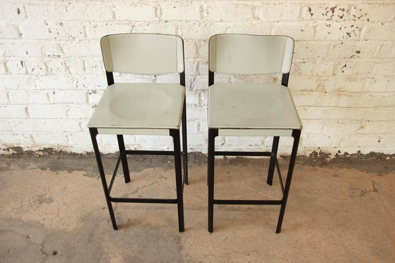 Pair of Mateo Grassi Sistina Italian Leather Bar Stools  : 7c0345cb166f4ec2ae085de941327f36l from www.1stdibs.com size 768 x 512 jpeg 53kB