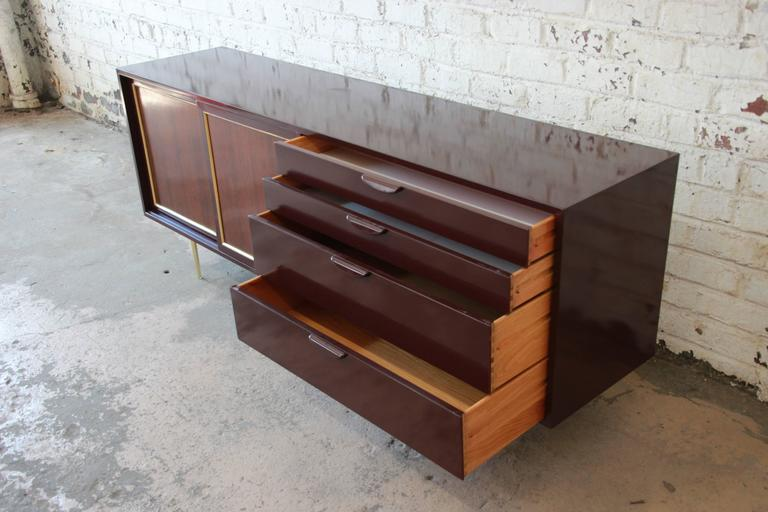 Harvey Probber Mid-Century Modern Credenza or Dresser For Sale 2