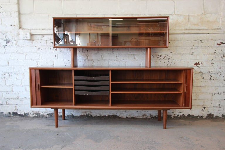 Ib Kofod-Larsen for Faarup Møbelfabrik Danish Modern Teak Credenza with Hutch In Good Condition For Sale In South Bend, IN