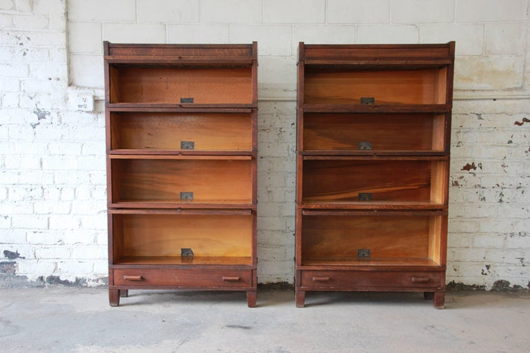 Antique Oak Barrister Bookcases With Leaded Glass Doors By Globe Wernicke Pair At 1stdibs