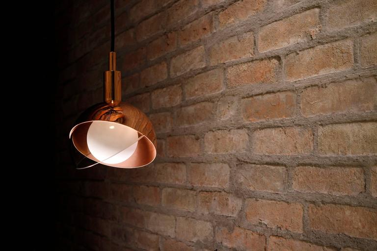 Calimero Medium by Dan Yeffet, Contemporary Lamp Made of Blown Glass & Copper In New Condition For Sale In London, GB