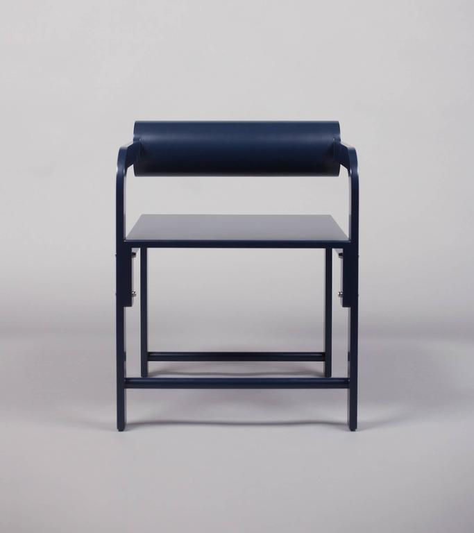 Waka Waka Zeitgenössischer Indigoblau Lackierter Stuhl mit Zylinderlehne 2