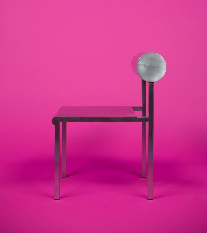 Waka Waka Zeitgenössischer Akzent Stuhl aus Edelstahl mit Zylinderförmiger Rückenlehne 2