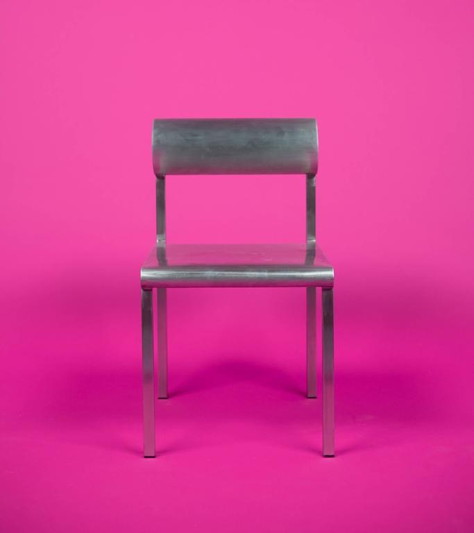 Waka Waka Zeitgenössischer Akzent Stuhl aus Edelstahl mit Zylinderförmiger Rückenlehne 3