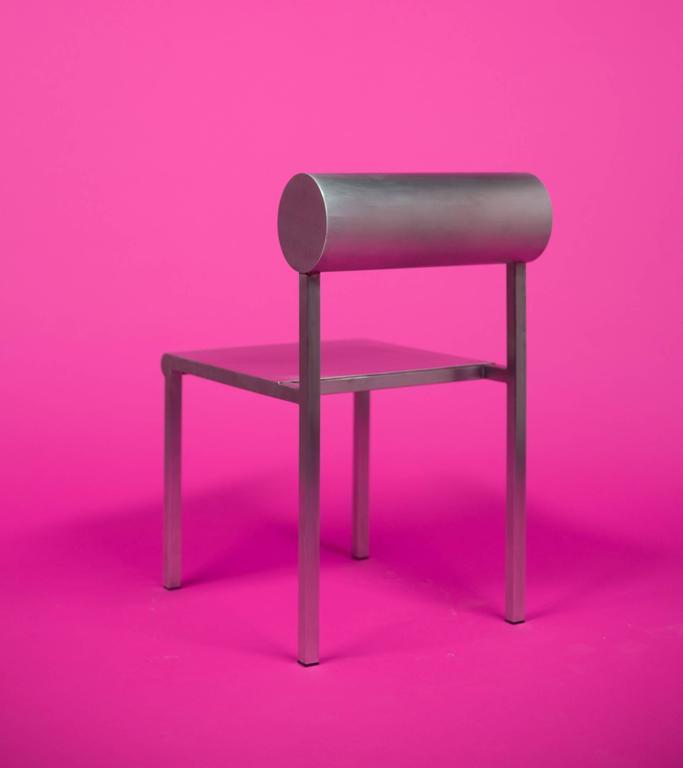 Waka Waka Zeitgenössischer Akzent Stuhl aus Edelstahl mit Zylinderförmiger Rückenlehne 4