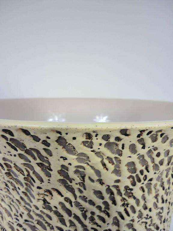 Large illuminated vase made by French ceramist Pol Chambost in the late 1930s / early 1940s.  Pale yellow on the outside and white on the inside.  It is in excellent condition and requires one