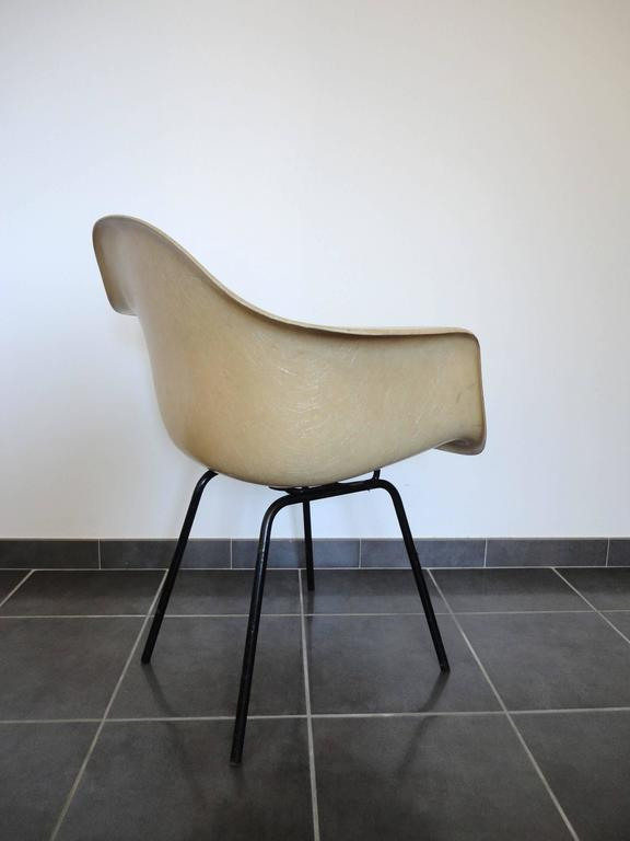 American Fiberglass Armchair by Charles & Ray Eames for Herman Miller, 1950s For Sale