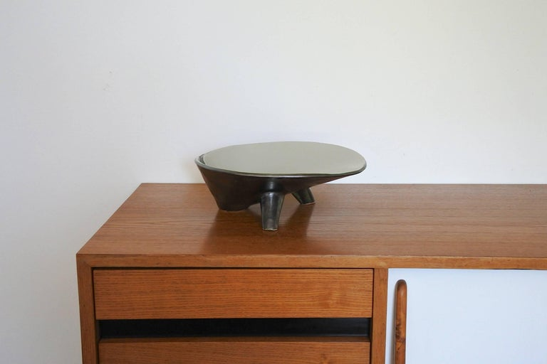 French Tripod Ceramic Dish, Mid-Century, 1950s For Sale 1