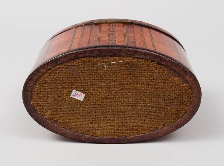 Fine Georgian Oval Inlaid Tea Caddy, circa 1800 For Sale 1