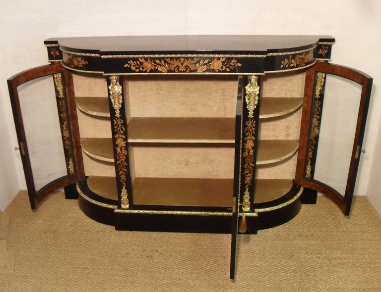 Victorian Ebonized and Marquetry Display Cabinet  For Sale 1