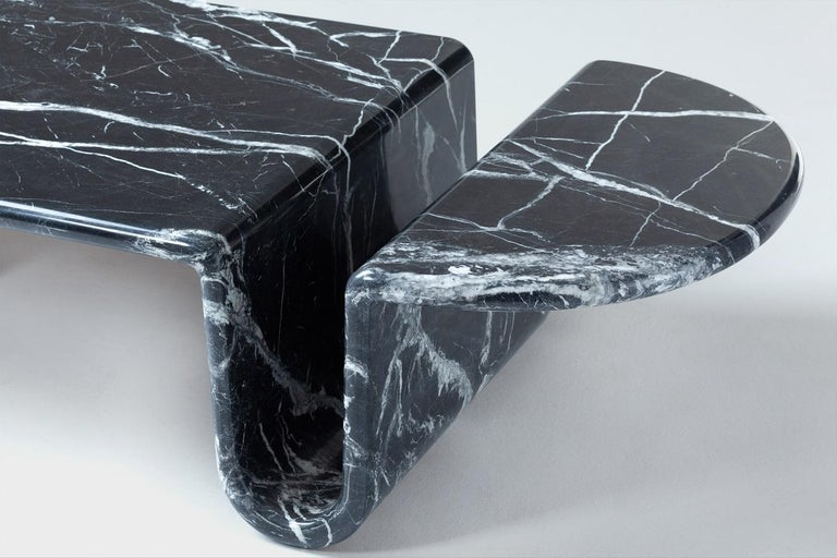 Dobon Marble Coffee Table, Contemporary Sculpted Marble Centre Table In New Condition For Sale In New York, NY