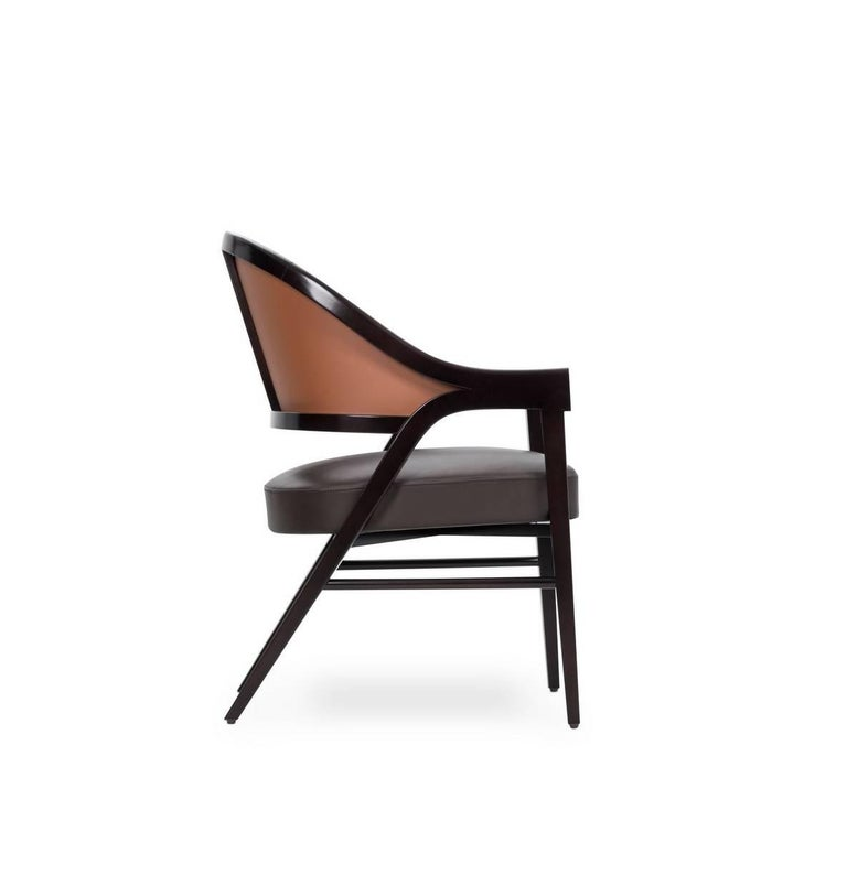 Modern Contemporary Grace Lounge Chair in Genuine Leather and Solid Wood For Sale