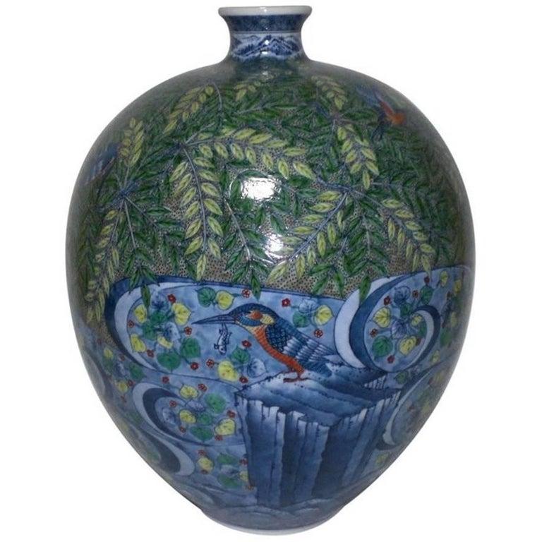 Japanese Hand-Painted Imari Large Porcelain Vase by Master Artist, circa 2005 For Sale 3