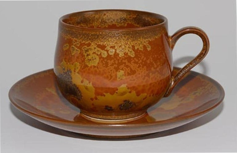 Japanese Hand-Glazed Brown Porcelain Cup and Saucer by Master Artist For Sale 1
