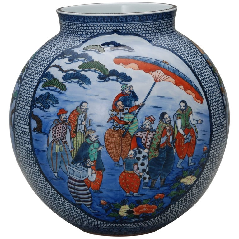 Japanese Large Imari Hand Painted Blue Porcelain Vase by Master Artist, 2018 In New Condition For Sale In Vancouver, CA