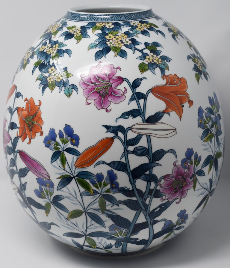 Japanese Hand Painted Porcelain Technique