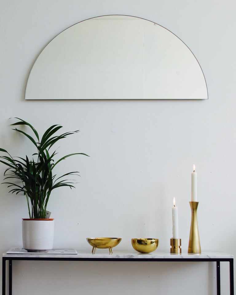 Alguacil & Perkoff new and unusual Luna Orbis mirror collection provides the freedom to achieve multiple configurations with one mirror only for modern, fun and dynamic interiors. The living space may be changed whenever one fancies without having