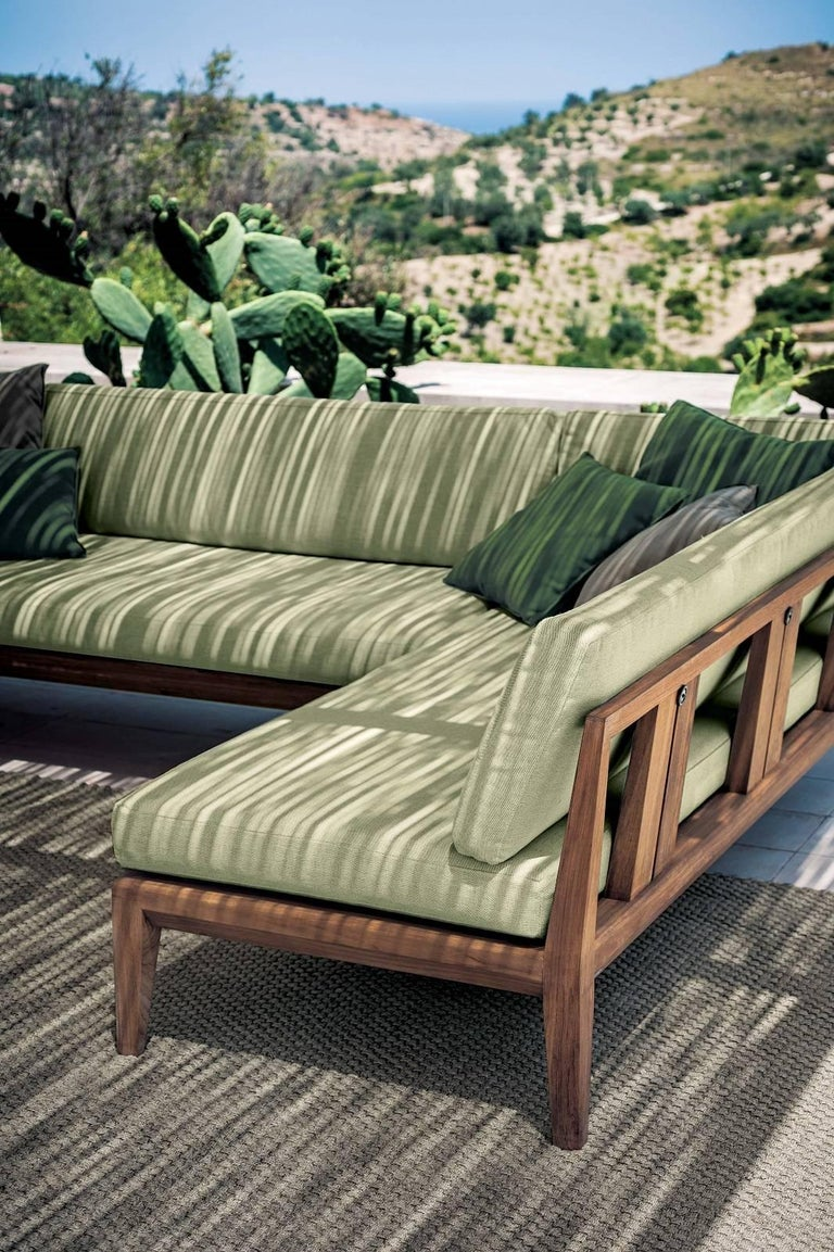 Roda Indoor/Outdoor Teka Sofa Designed by Gordon Guillaumier In New Condition For Sale In Boston, MA