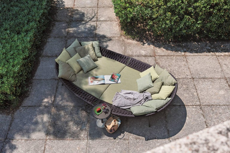 Italian Roda Arena Daybed Designed by Gordon Guillaumier For Sale