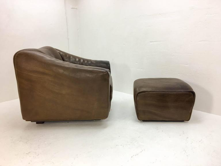 Swiss 1970s De Sede Lounge Chair with Ottoman For Sale