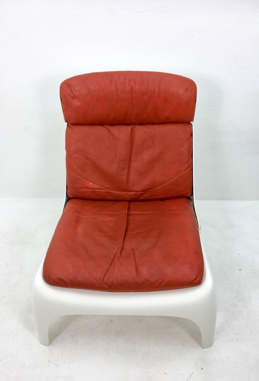 Futuristic 1970s Lounge Chair In Good Condition For Sale In Den Haag, NL