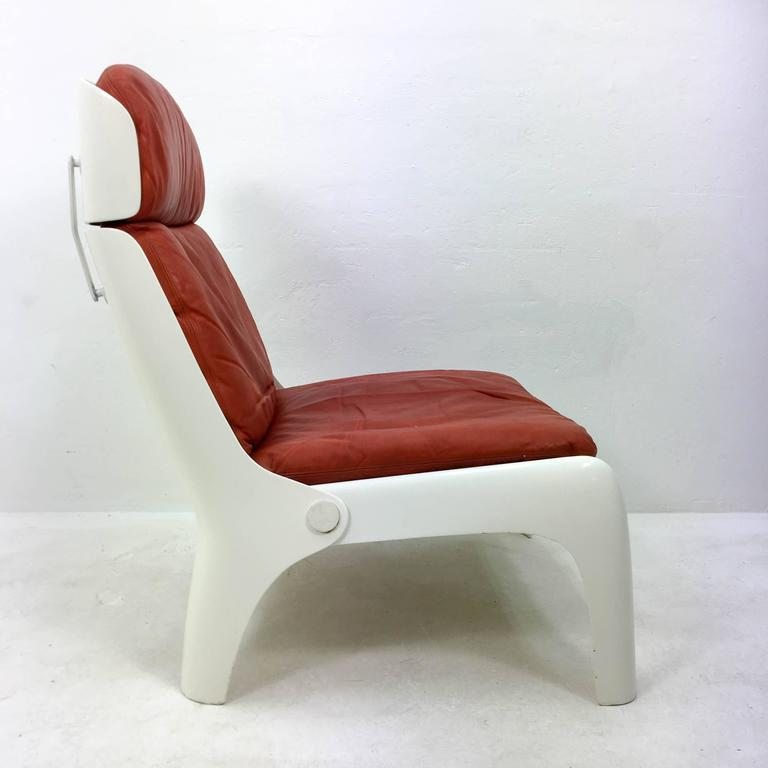 Late 20th Century Futuristic 1970s Lounge Chair For Sale